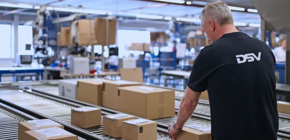 DSV:s medarbetare är speditörer, säljare, revisorer, lastbilschaufförer, IT-operatörer, specialister och många andra