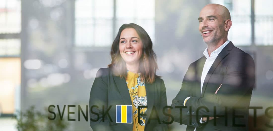 Medarbetare på Svensk Fastighetsförmedling, en av Sveriges största mäklarkedjor